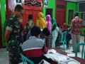 Babinsa Koramil 0811/18 Parengan Bantu Pendataan Kartu Tani Di Desa Binaan