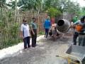 Peran Aktif Babinsa Dalam Pemantauan Pembangunan Pengecoran Jalan Poros Desa