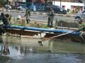 Bakti Sosial TNI Dalam Bersihkan Saluran Irigasi