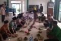 Kapolres Tuban Dan Anggota Koramil 0811/08 Widang Safari Sholat Jumat Dan Sambang Desa