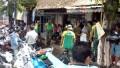 Koramil & Polsek Pacet Bersama Yonif Para Raider 503/MK Karya Bakti Di Pasar Pandanarum