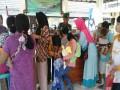 Babinsa Koramil 0811/06 Plumpang Dampingi Pelaksanaan Imunisasi (ORI)