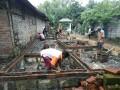 Babinsa Koramil 0814/11 Sumobito Bantu Pembangunan Pondasi