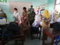 Kebersamaan TNI – Polri Di Kutorejo Dalam Pelaksanaan Imunisasi Difteri