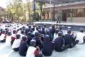 Babinsa Koramil 0811/07 Soko Beri Pembekalan LDK Kepada Siswa SMP