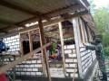 Kekompakan Babinsa Dengan Warga Perbaiki Rumah Tidak Layak Huni