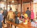 Dari Ngawi Menuju Blitar, Ibu Jokowi Nikmati Makanan Ala Kediri