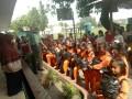 Babinsa Koramil 0815/05 Gedeg Ajarkan Siswa Siswi SD Bercocok Tanam