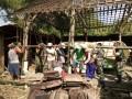 Kebersamaan Babinsa Dalam Gotong-Royong Bongkar Rumah Tidak Layak Huni (RTLH)