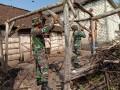 Rumah Mbah Wiji Jadi Sasaran Rehap RTLH Dalam Rangka HUT Ke-70 Korem 082/CPYJ