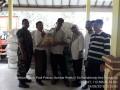 Koramil 0815/11 Pungging Kawal Distribusi 5,45 Ton Benih Padi Situbagendit