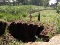 Akibat Pengairan Yang Berlebihan, Tanah Di Desa Seketi Alami Pengikisan