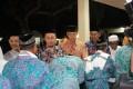 Bersama Forkopimda Kab Lamongan, Dandim 0812 hadiri Upacara Pemberangkatan calon Jama'ah Haji Tahun 1439 H/2018