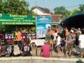 Kodim Kediri Bersama Warga Desa Bangsongan Bersih-Bersih Kali Mantren Dalam Rangka HUT TNI