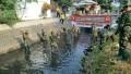 Dengan Semangat Hut TNI Ke 73 Kodim 0814 Jombang Bersihkan Sungai