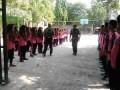 Babinsa Koramil 0812/19 Laren Latih Kedisiplinan Siswa Lewat PBB