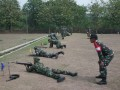 Kasdim 0815 Lakukan Dalwaslat Latihan Menembak Senjata Ringan