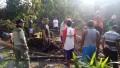 Koramil 0815/14 Dlanggu Bersama Warga Karya Bakti Benahi Rumah Warga*