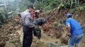 Tanah Longsor Terjang Di Kediri, Akses Lintas Dusun Tersendat