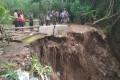 Erosi Tanah Terjadi Usai Dihantam Hujan Terus menerus