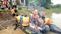 Koramil 0814/10 Mojoagung Latihan Perahu LCR