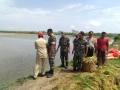 Desa Tergenang Banjir, Koramil Beserta Muspika Turun Langsung Bantu Warga